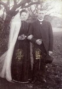 Bryllupsbillede af Marie og Christian Andersen. Foto fra have.